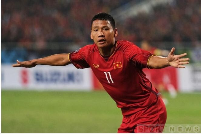"""The striker """"Anh Duc"""" was rated by Fox Sports Asia as a big surprise in the AFF Cup season."""
