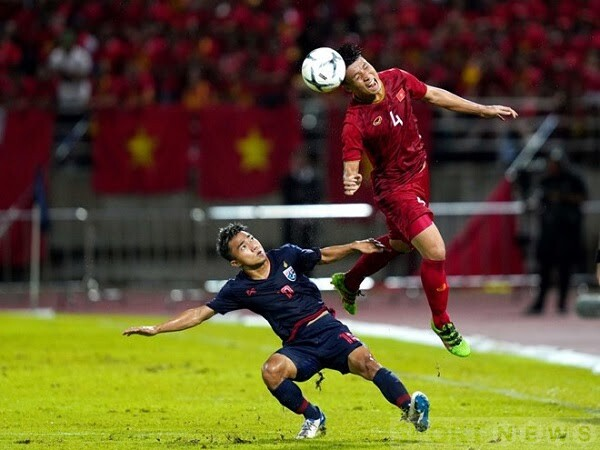 Thailand will almost certainly not have Chanathip (left) in the AFF Cup 2020