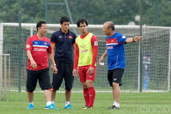 VFF and coach Park Hang Seo are starting to launch the campaign for the World Cup 2020 Qualifiers and the AFF Cup 2020